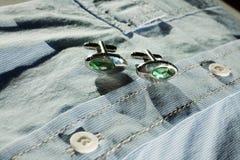 серебр cufflinks Стоковые Фотографии RF