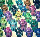 Серии роботов цвета в толпе Стоковые Фотографии RF