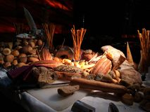 Серии свежей выпечки красивые на таблице стоковая фотография rf
