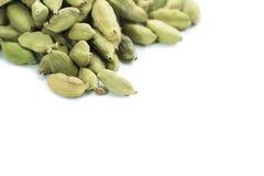 Серии стручков кардамона на белой предпосылке Стоковые Фото
