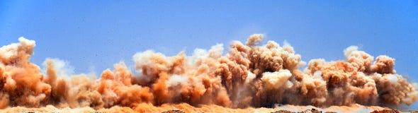 Серия взрывать в пустыне стоковая фотография