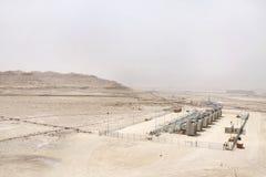 Серия компрессора газа в месторождении нефти Бахрейна Стоковые Изображения RF