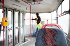 Серия общественного транспорта - принимающ трамвай закоммутируйте для работы стоковое фото