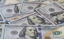 Серия 100 предпосылок конца-вверх долларовых банкнот Стоковая Фотография RF