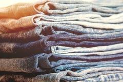 Серия различных голубых джинсов голубых джинсов, винтажный стиль цвета Стоковая Фотография RF