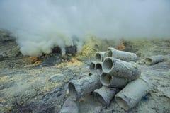 Серное озеро vulcano Kawah Ijen в East Java, Индонезии Стоковые Фотографии RF