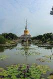 Серовато-коричневый цвет Na Wat PhraThat Стоковые Фотографии RF