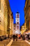Серповидная луна над улицами в старом городке славной Франции Стоковое Изображение RF