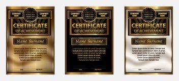 Сертификат достижения или диплома Установите золото вознаграждение выигрывать иллюстрация вектора