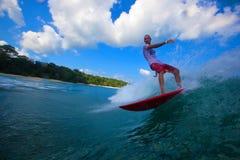 Заниматься серфингом волна Стоковое фото RF
