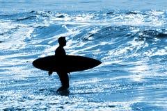 серфер силуэта Стоковые Изображения RF