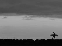 Серфинг в Waikiki Стоковая Фотография