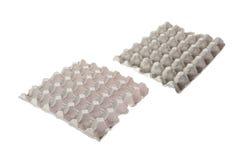 Серый бумажный поднос для яичка изолированного на белизне Стоковое Изображение RF