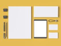 Серый клеймя модель-макет Шаблон установленный на желтую предпосылку Стоковая Фотография RF