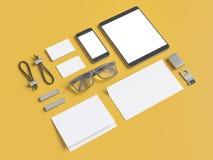 Серый клеймя модель-макет Шаблон установленный на желтую предпосылку Стоковая Фотография