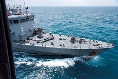 Серый современный вид с воздуха военного корабля Стоковая Фотография RF