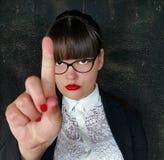 Серьезная бизнес-леди с знаком руки стопа стоковое фото rf