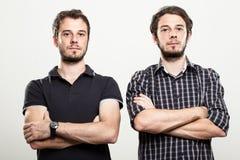 Серьезные близнецы Стоковые Фото