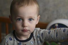 серьезный малыш Стоковые Изображения RF