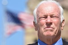 Серьезный мужской политик стоковое изображение rf