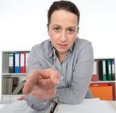 Сердитая бизнес-леди Стоковое фото RF