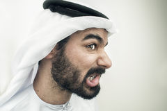 Сердитый аравийский бизнесмен, концепция стресса аравийского бизнесмена Стоковые Изображения RF