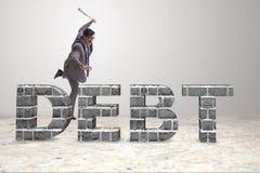 Сердитый человек с долговым бременем бейсбольной биты Стоковые Фото