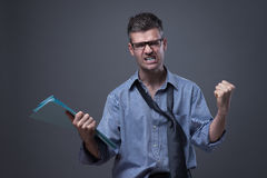 Сердитый untidy бизнесмен Стоковые Фото
