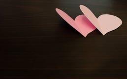 2 сердца валентинки бумажных Стоковые Изображения