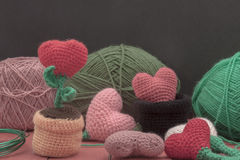 Сердца вязания крючком украшений вязания крючком валентинки Стоковые Изображения