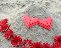 Сердца и цветок валентинки бумажные Стоковое фото RF