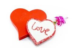 2 сердца и цветок изолированный на белизне Стоковое Изображение RF
