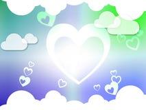 Сердца и любовь и роман страсти выставок предпосылки облаков Стоковая Фотография RF