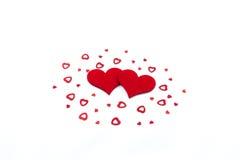 2 сердца на белой предпосылке стоковое изображение rf