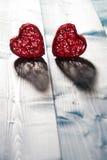 Сердца на деревянной предпосылке Стоковая Фотография