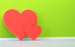 Сердца над зеленой стеной Стоковая Фотография RF