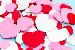 Сердца пены различных размеров и цветов Стоковые Фото