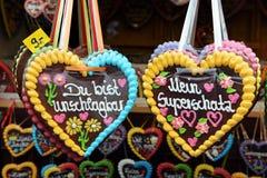 Сердца пряника на Oktoberfest Стоковые Изображения