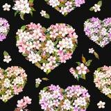 Сердца с цветками на день валентинки Винтажное флористическое цветение Сакура Картина акварели безшовная на черной предпосылке Стоковое фото RF