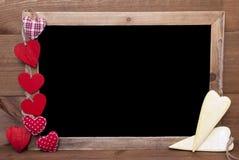 Сердца Chalkbord, красных и желтых, космос экземпляра Стоковая Фотография