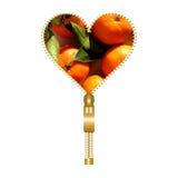 Сердце вполне tangerines с листьями бесплатная иллюстрация