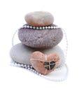 Сердце и камень дня валентинок на белизне Стоковая Фотография
