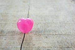 Сердце красного цвета предпосылки дня валентинок Стоковые Фотографии RF