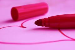 Сердце нарисованное на карточке на день ` s валентинки Стоковая Фотография RF