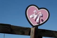 Сердце на загородке Стоковое Изображение