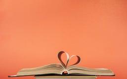 Сердце от страницы книги Стоковые Фото