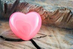 Сердце пинка предпосылки дня валентинок Стоковое Изображение
