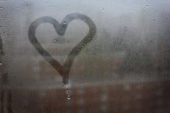 Сердце покрашенное на стекле Стоковые Изображения RF