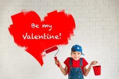 сердце подарка дня принципиальной схемы голубой коробки предпосылки схематическое изолировало valentines quill жизни письма ювели Стоковые Изображения