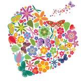 Сердце праздника с цветками и бабочками Стоковые Фото